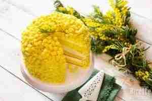 Torta-mimosa-il-dolce-della-giornata-della-donna