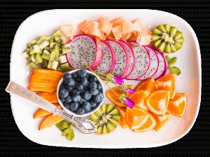 a-cena-con-il-fruttariano-un-menu-tutto-a-base-di-frutta-e-ortaggi-cinque-gusti