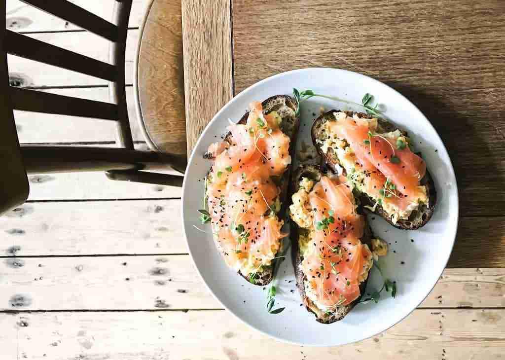 colazione-base-di-pesce-cinque-gusti